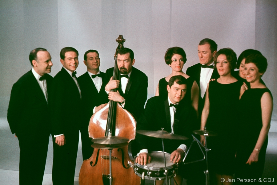 The Swingle Singers Anyone For Mozart